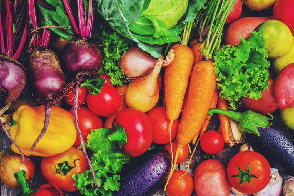 A colorful display of different kinds of vegetables.